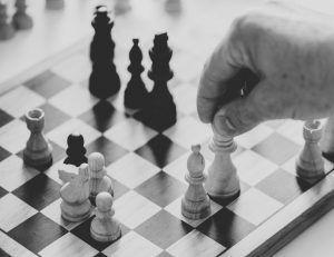 Aprende a jugar Ajedrez con los Fundamentos de Capablanca